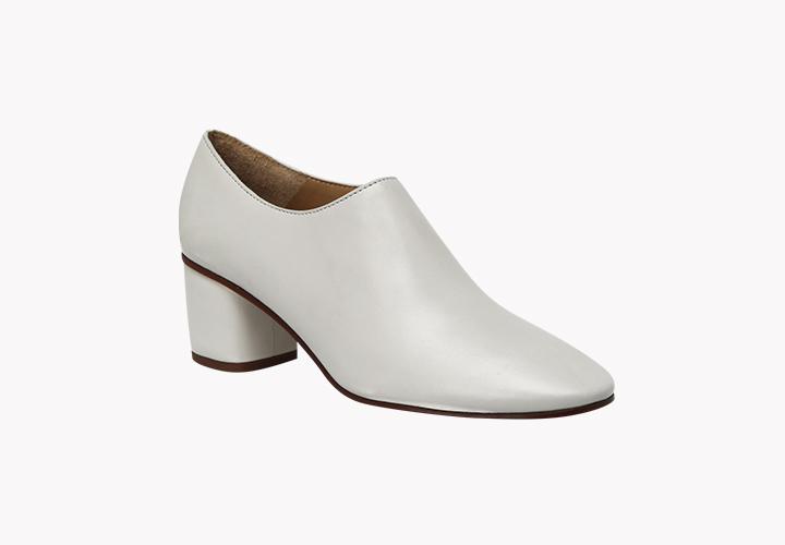Описание обуви – Все виды женской обуви сегодня – учимся разбираться в  фасонах, типах и формах женских туфель ... d4acdf285d5