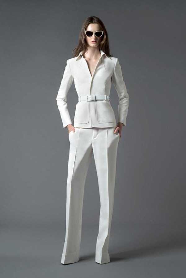 c63ea001 Как называются женские широкие брюки – Главное о женских брюках ...